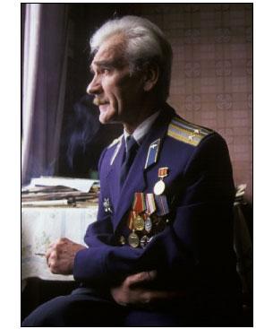 Teniente Coronel Stanislav Y. Petrov