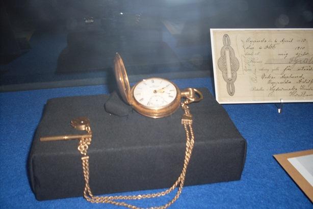 Reloj de cadena recuperado de uno de las víctimas del Titanic