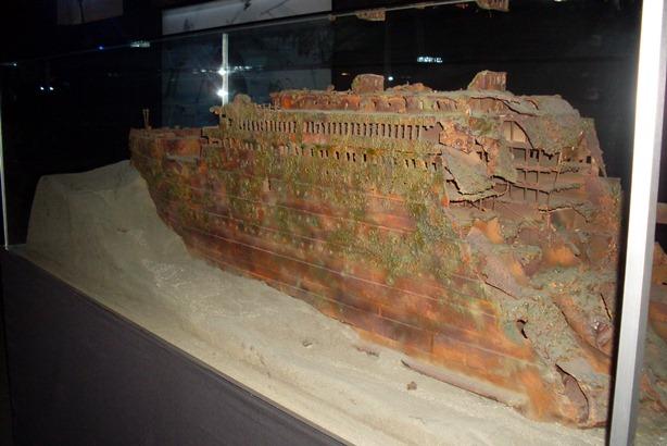 Maqueta de la proa de los restos del Titanic