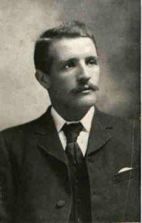 William Murdoch, primer oficial del Titanic que se encontraba en el puente de mando en el momento del accidente